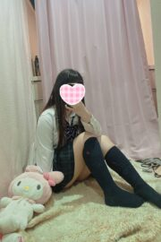 9/4体験入店初日いあ(超激03ベイビー2003年生まれJK中退年齢)